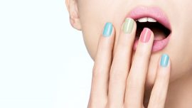 How to choose the best nail colors for fair skin?